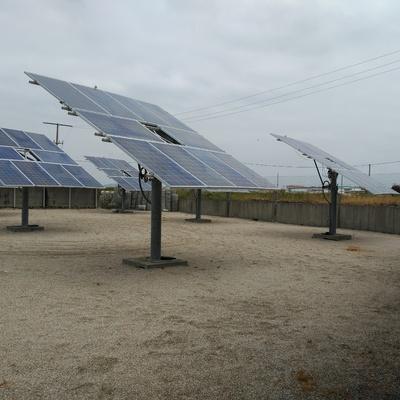 Seguidores solares de instalación solar fotovoltaica