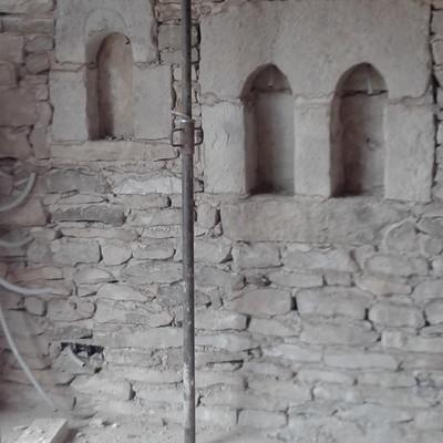 recuperar ventana muy rustica de piedra
