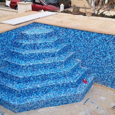 En proceso de fabricación de piscina