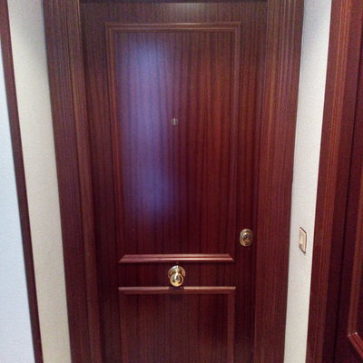 puerta acorazada Kiuso