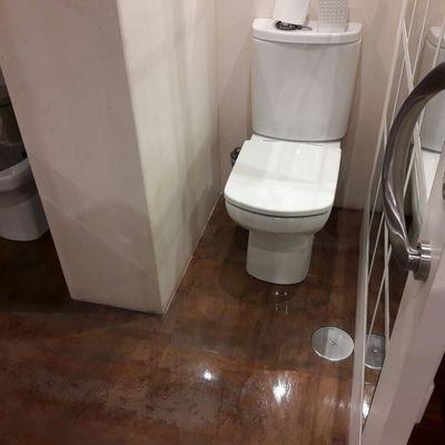 limpieza piso habitado