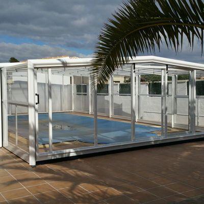 Cubiertas de piscinas telescópicas altas.