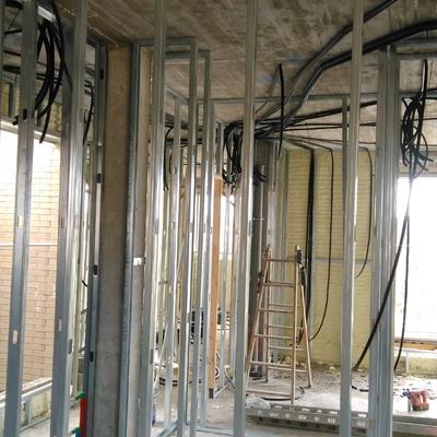 instalacion tubos electricidad y telecomunicaciones en chalets adosados