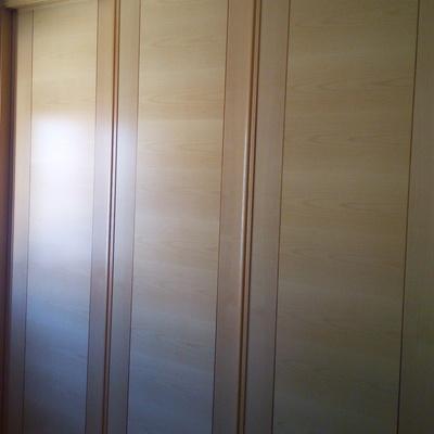 Frente de armario modelo DECOUT