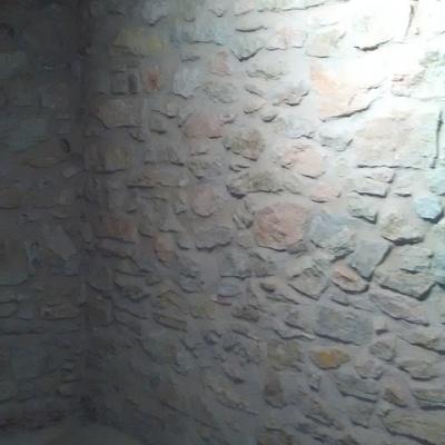 Rejuntado de piedra con cal natural
