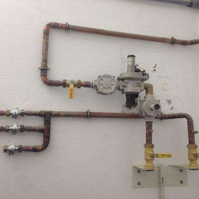 Instalaciones gas natural para lavanderia plisplas