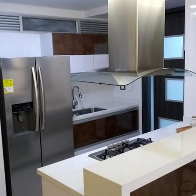 Gabinetes de cocina con encimera de Quarzo