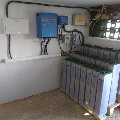 Baterias, inversor... instalación fotovoltaica