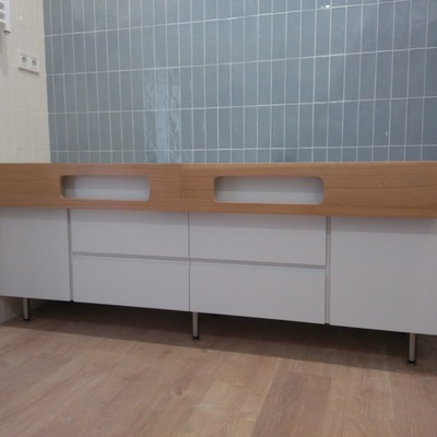 Mueble de baño mecanizado con CNC