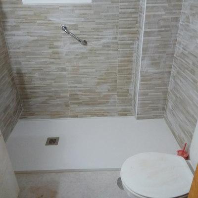 Renovación de baño, Alicatado