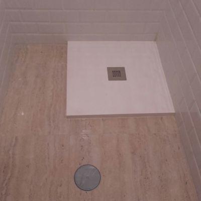 Plato de ducha de pizarra blanca