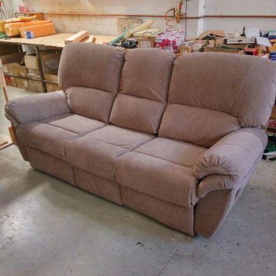 Sofá relax retapizado