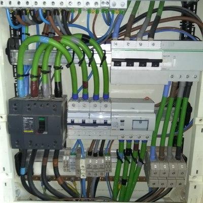 Cambio interruptor general cuadro climatización