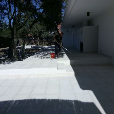 Alicatando terraza