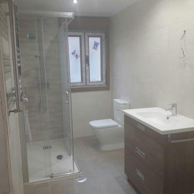 Reforma de baño en Lugones