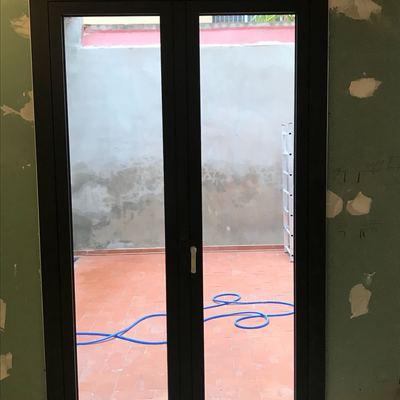 Balconera 2 hojas apertura exterior