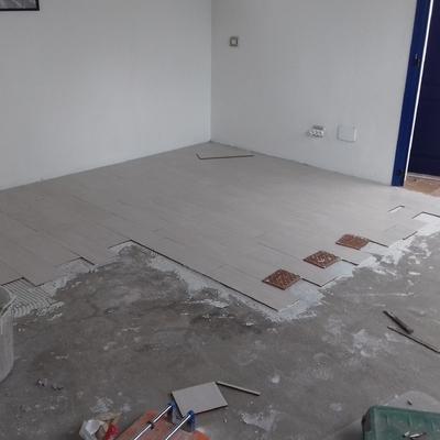 Colocación de suelo en Nueva habitación