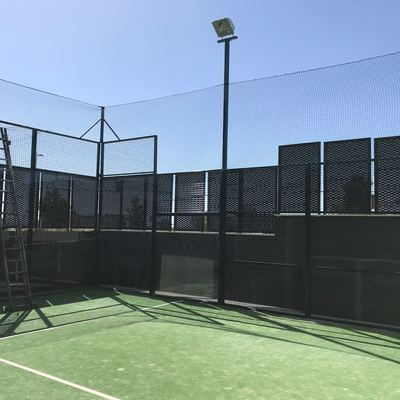 servicio de mantenimineto de pistas de padel , tenis campos de futbol
