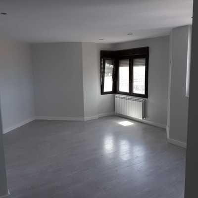 Antes sala, después habitación de matrimonio | Piso Gijón