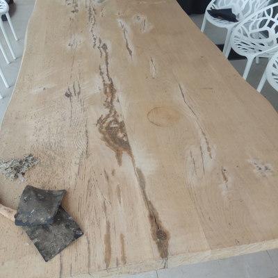 Restauración de mesa de exterior
