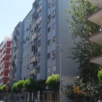 Edificio tratado con pintura termica
