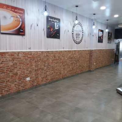 REFORMA DE CAFETERÍA EN AVDA. FLORIDA DE VIGO.