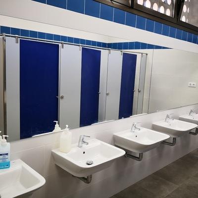 Baños zona lavabos