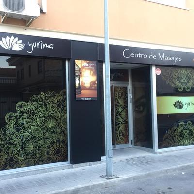 fachada local comercial, Illescas, Toledo. Yurima