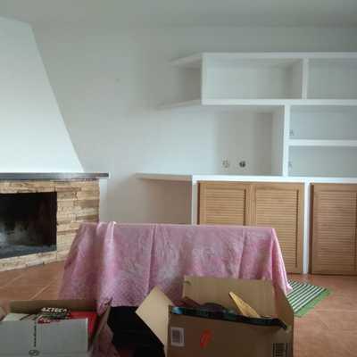 mueble mural y chimenea