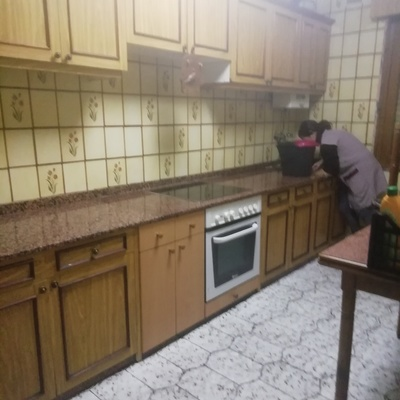 Limpiamos su cocina,electrodomésticos y menaje.