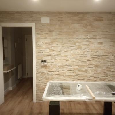 pared de piedra en salon