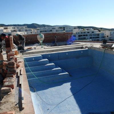 Reforma piscina Altos Marbella