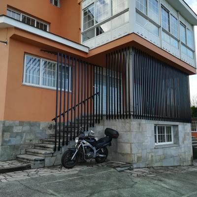 Cierre balcón y escalera