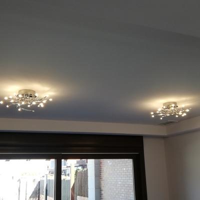 Lámparas LED en Salón