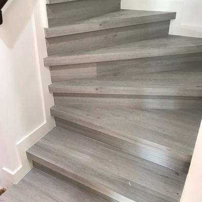Forrar escalera con tarima laminado