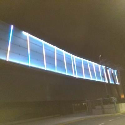 Resultado del alumbrado LED del la fachada del cc metro mar Sevilla 3