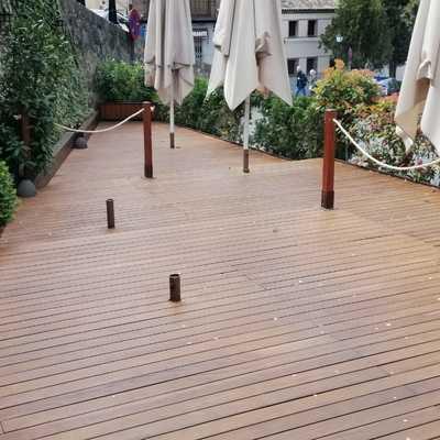 Lijado de tarima de Ipe en terraza  con aplicación de haceite