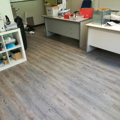 Renovación suelo oficina