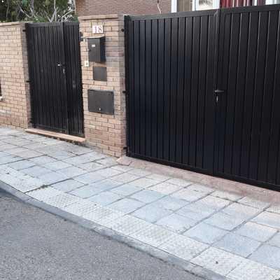 Cerramiento puertas y paneles