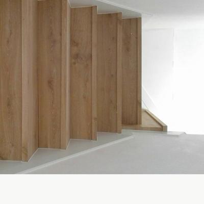 Escaleras de tarima