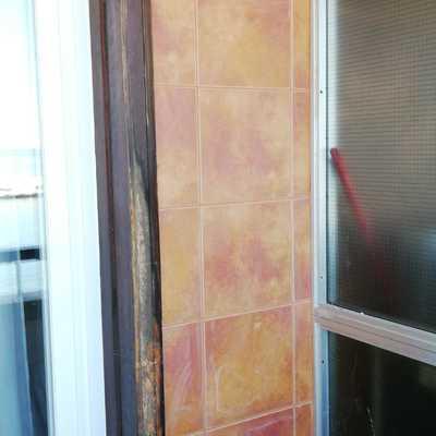 Restauración marco de madera de ventanal
