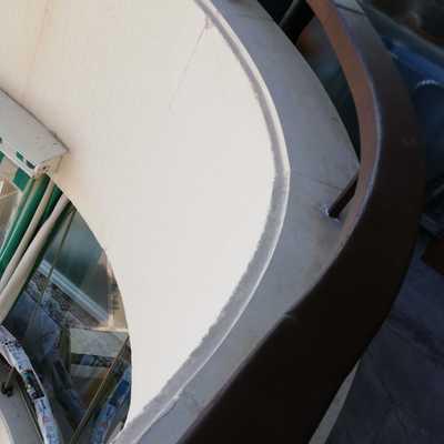 Restauración de pasa manos en balcón