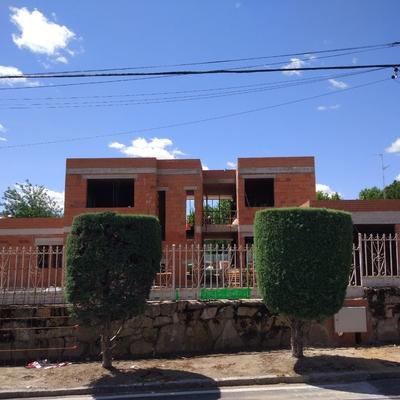 Vivienda unifamiliar de 540 m2 en construcción