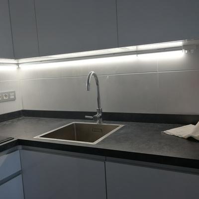 Apliques y luminarias para usos especiales.
