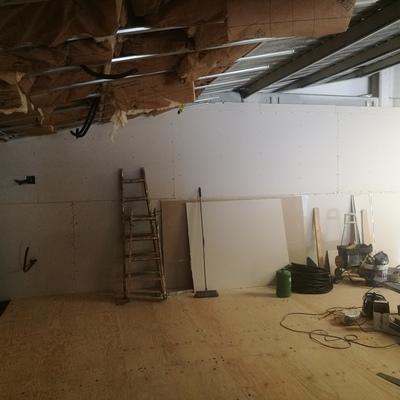 Montaje de techos, trasdosados y tabiques.