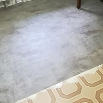 Colocación de suelo.