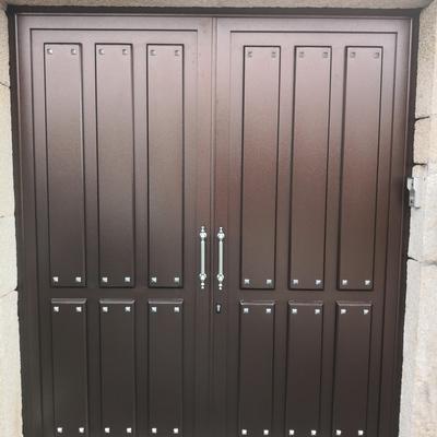 Puerta de aluminio soldado rustica