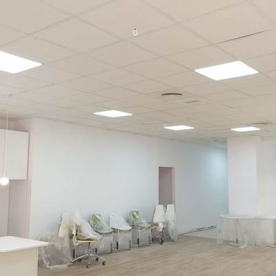 iluminacion con paneles 60X60 compatible con paneles de falso techo