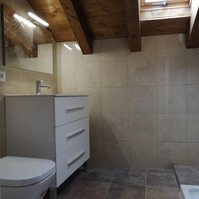 Baño bajo cubierta