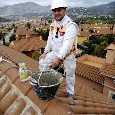 Reparando tejado